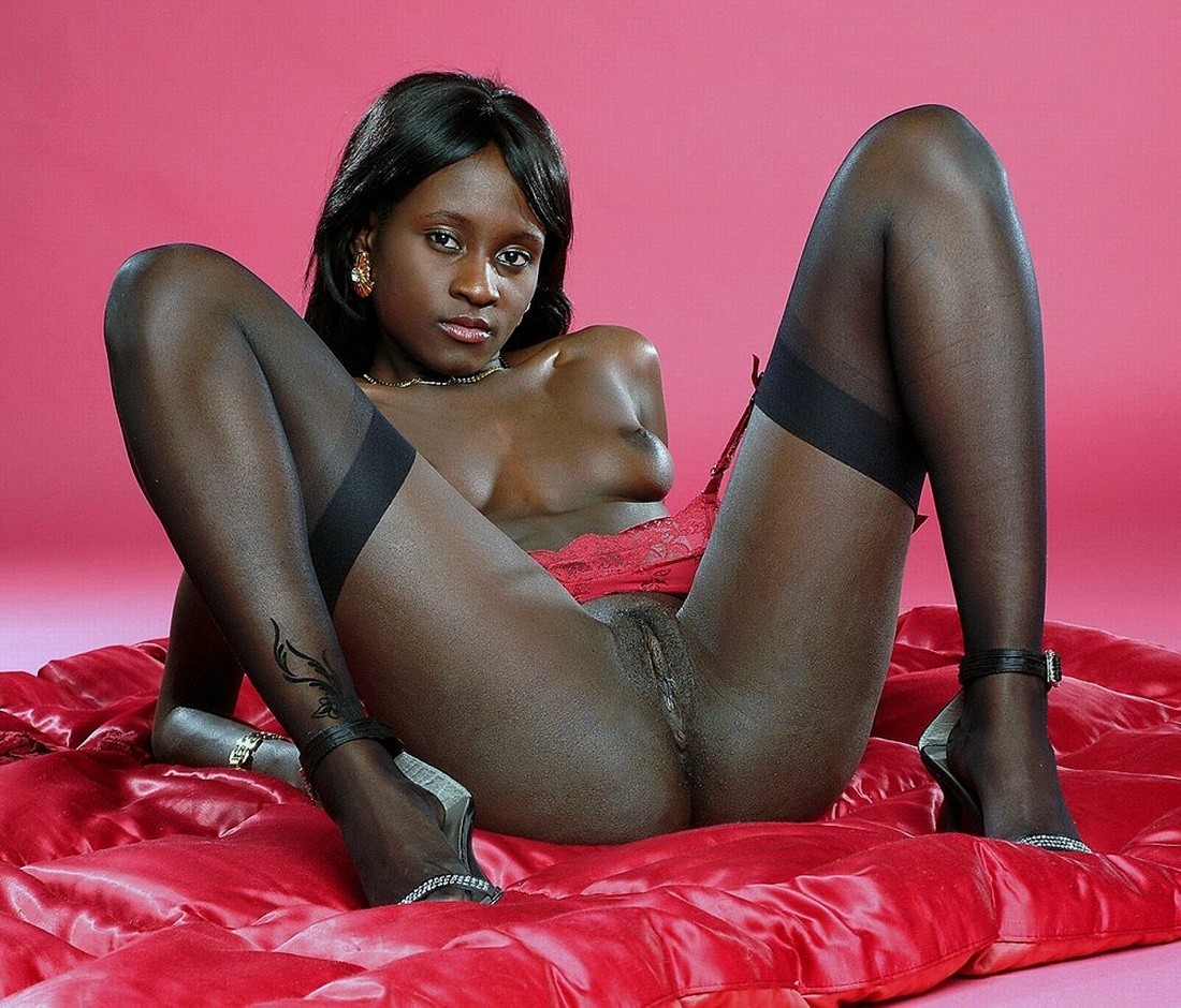 nude Hot goddes black