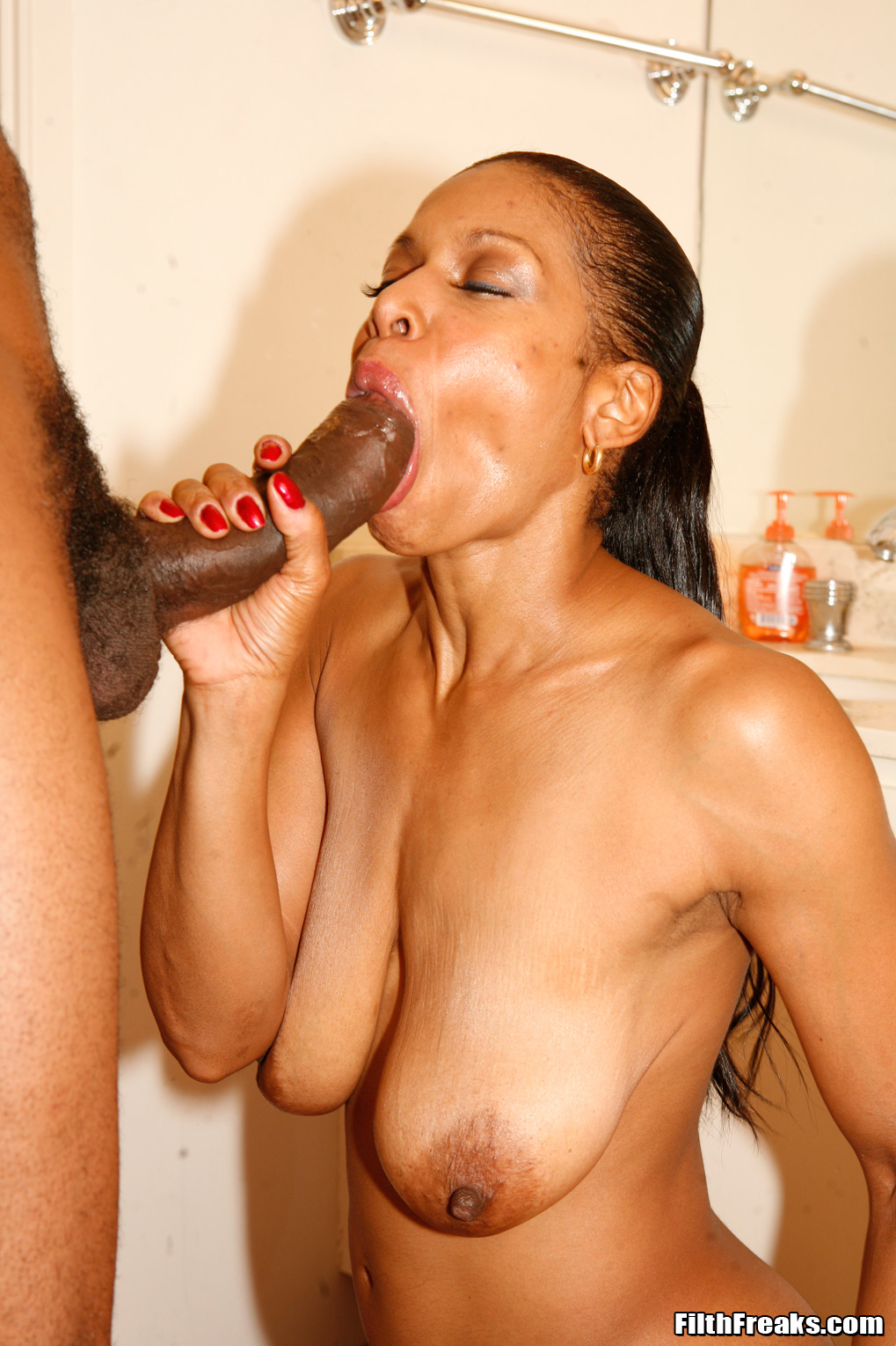 You tell Ebony mature black milf porn pics have faced