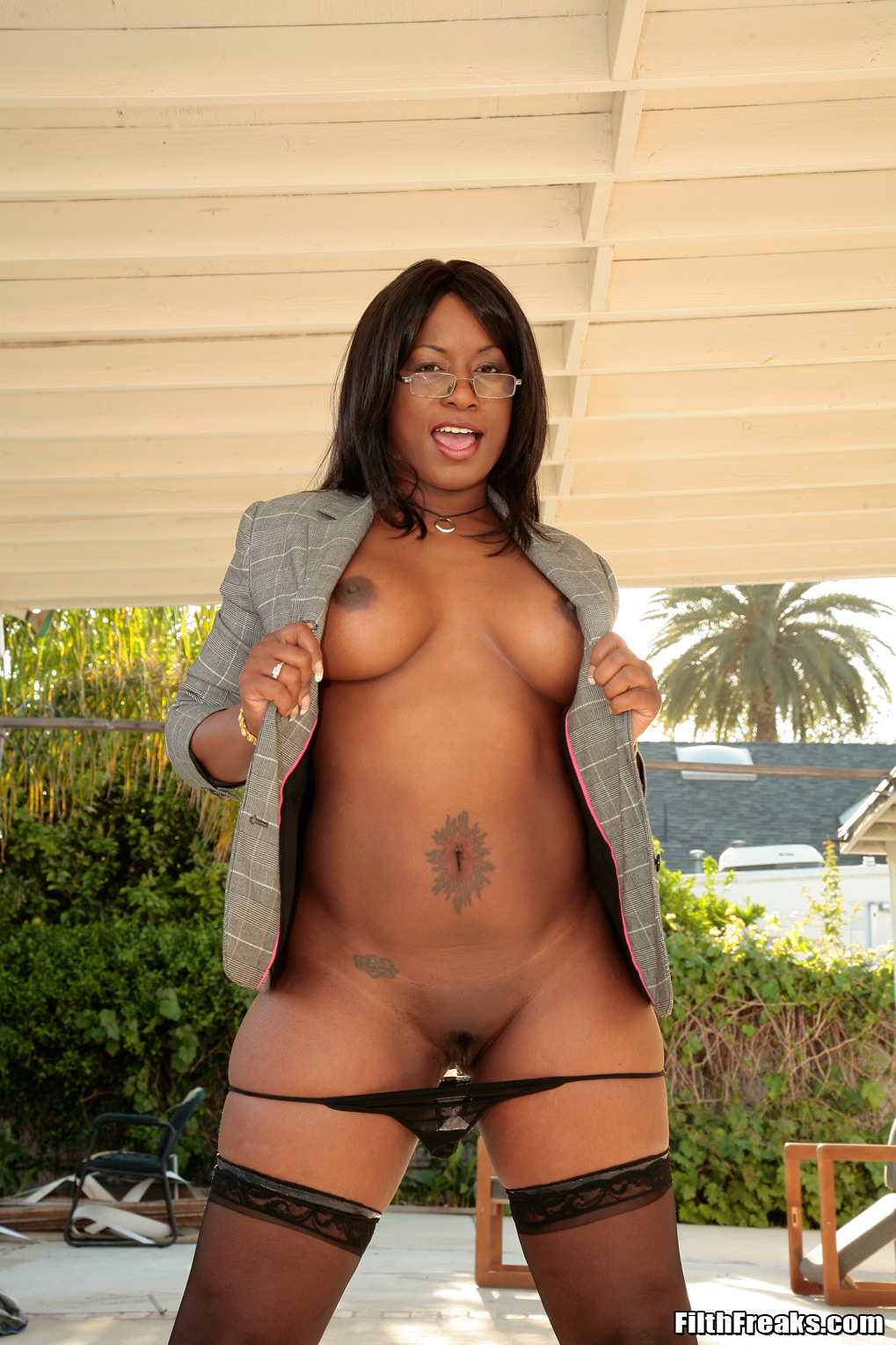 black milf ass porn Watch Black milf getting fucked in the ass.