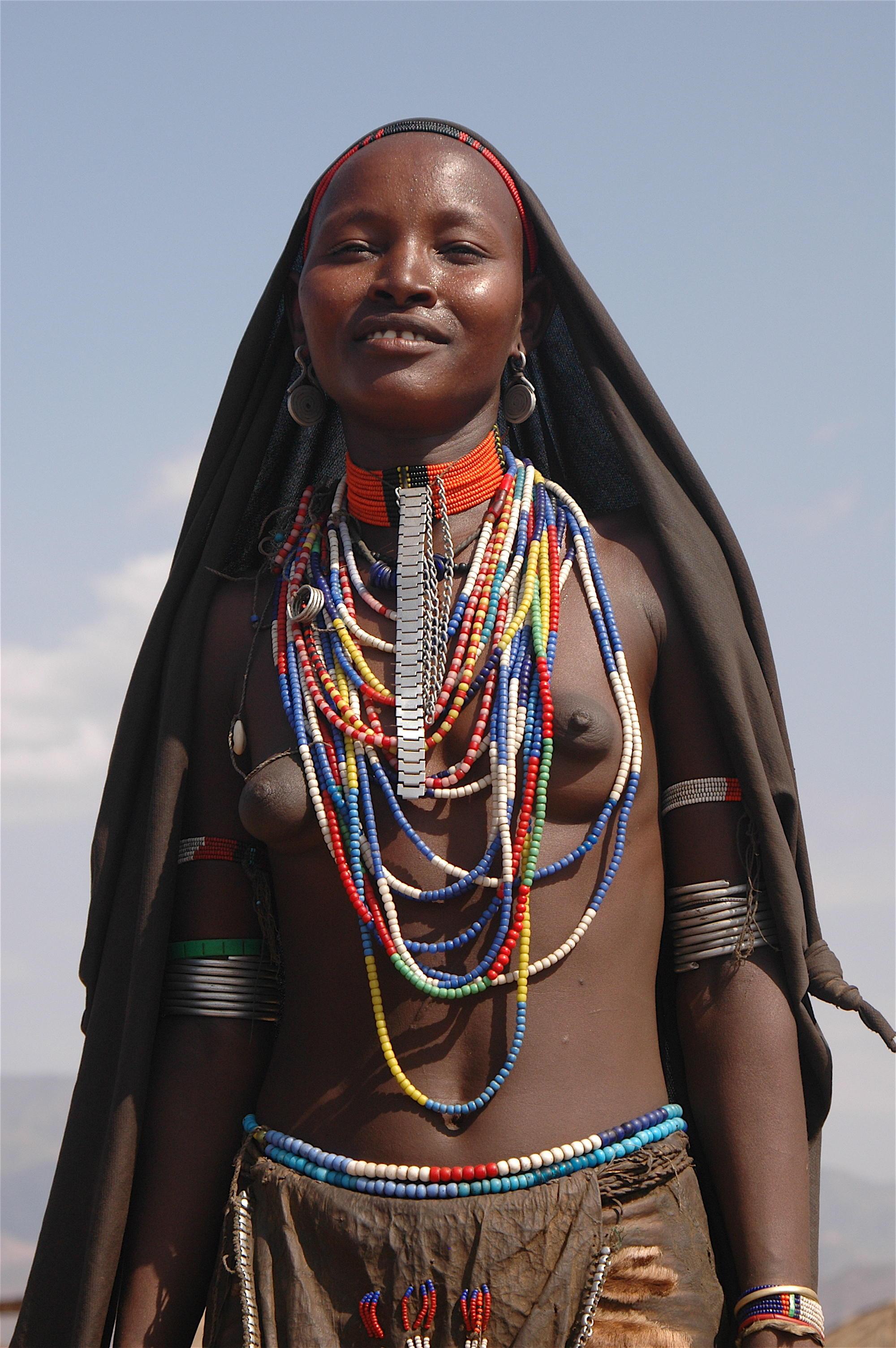 Фото девушек из африканских племен 11 фотография